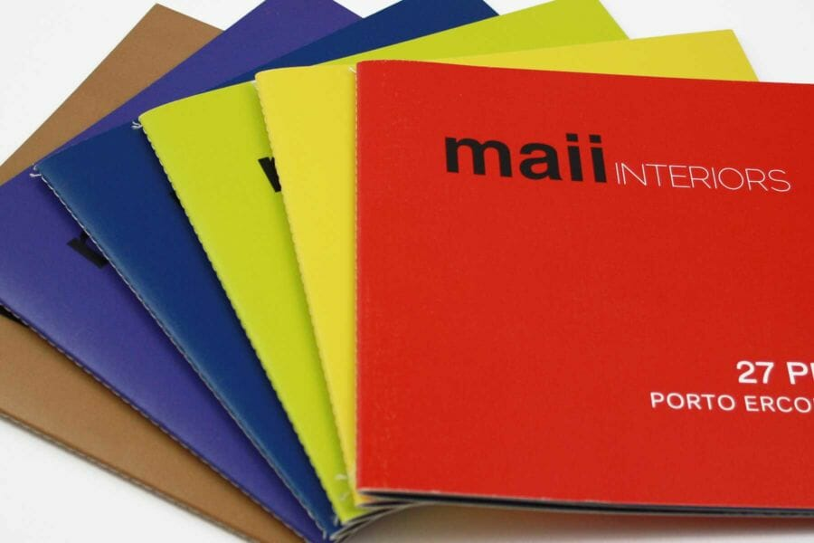 Allows digital colour printing using the requested Pantone colour.